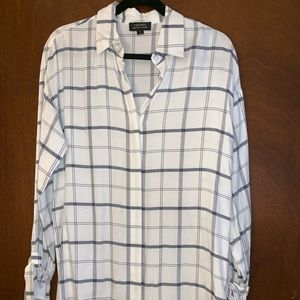 Long plaid top with sleeve detail